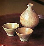 Sake Flask (Tokkuri) and Cups (Guinomi)
